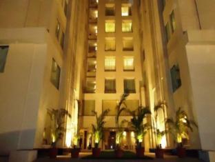 /bg-bg/fortune-park-ahmedabad/hotel/ahmedabad-in.html?asq=jGXBHFvRg5Z51Emf%2fbXG4w%3d%3d