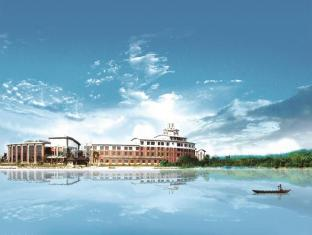 /da-dk/tongli-lakeview-hotel/hotel/suzhou-cn.html?asq=jGXBHFvRg5Z51Emf%2fbXG4w%3d%3d
