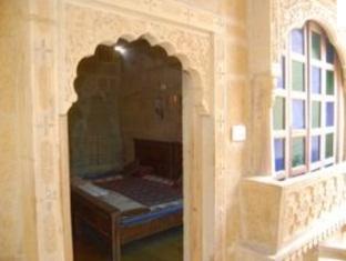 /ar-ae/hotel-deep-mahal/hotel/jaisalmer-in.html?asq=jGXBHFvRg5Z51Emf%2fbXG4w%3d%3d