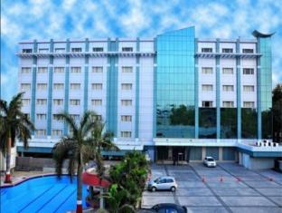 /bg-bg/mansarovar-the-fern-hotel-hyderabad/hotel/hyderabad-in.html?asq=jGXBHFvRg5Z51Emf%2fbXG4w%3d%3d