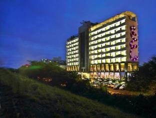 /bg-bg/the-fern-ahmedabad-hotel/hotel/ahmedabad-in.html?asq=jGXBHFvRg5Z51Emf%2fbXG4w%3d%3d