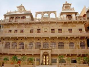/ar-ae/welcomheritage-jukaso-ganges/hotel/varanasi-in.html?asq=jGXBHFvRg5Z51Emf%2fbXG4w%3d%3d