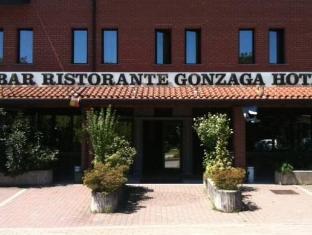 /bg-bg/hotel-gonzaga/hotel/cantello-it.html?asq=jGXBHFvRg5Z51Emf%2fbXG4w%3d%3d