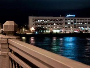 /bg-bg/radisson-blu-daugava-hotel-riga/hotel/riga-lv.html?asq=jGXBHFvRg5Z51Emf%2fbXG4w%3d%3d