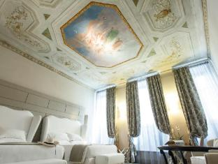 /cs-cz/firenze-number-nine-wellness-hotel/hotel/florence-it.html?asq=jGXBHFvRg5Z51Emf%2fbXG4w%3d%3d