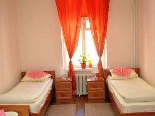 /bg-bg/station-hostel/hotel/saint-petersburg-ru.html?asq=jGXBHFvRg5Z51Emf%2fbXG4w%3d%3d