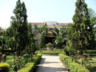 /ca-es/jungle-safari-resort/hotel/chitwan-np.html?asq=jGXBHFvRg5Z51Emf%2fbXG4w%3d%3d