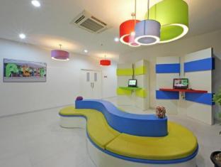 /ar-ae/pop-hotel-airport-jakarta/hotel/jakarta-id.html?asq=jGXBHFvRg5Z51Emf%2fbXG4w%3d%3d