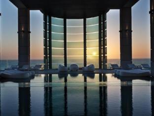 /cs-cz/isrotel-royal-beach-tel-aviv-hotel/hotel/tel-aviv-il.html?asq=jGXBHFvRg5Z51Emf%2fbXG4w%3d%3d