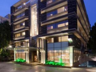 /bg-bg/hotel-cosmopolitan/hotel/ahmedabad-in.html?asq=jGXBHFvRg5Z51Emf%2fbXG4w%3d%3d