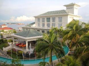Billion Waterfront Resort