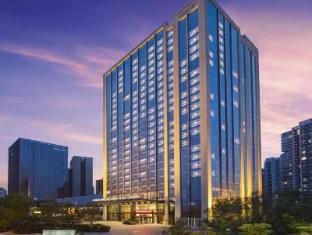 /bg-bg/howard-johnson-kangda-plaza-qingdao-hotel/hotel/qingdao-cn.html?asq=jGXBHFvRg5Z51Emf%2fbXG4w%3d%3d
