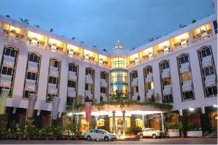 /da-dk/hotel-sandesh-the-prince/hotel/mysore-in.html?asq=jGXBHFvRg5Z51Emf%2fbXG4w%3d%3d