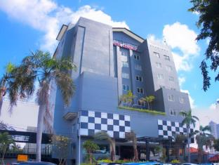 チェンダナ ホテル スラバヤ