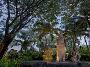 /da-dk/bumi-surabaya-city-resort/hotel/surabaya-id.html?asq=jGXBHFvRg5Z51Emf%2fbXG4w%3d%3d