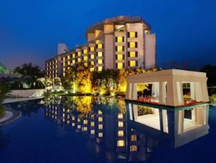 /ar-ae/ramada-plaza-jhv-hotel/hotel/varanasi-in.html?asq=jGXBHFvRg5Z51Emf%2fbXG4w%3d%3d
