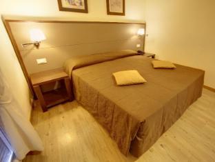/cs-cz/hotel-delle-nazioni/hotel/florence-it.html?asq=jGXBHFvRg5Z51Emf%2fbXG4w%3d%3d