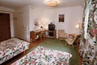 first hotel linné