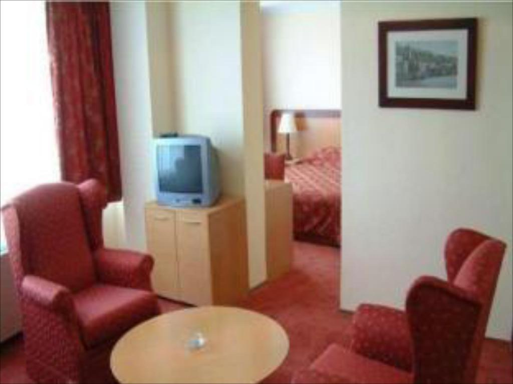 Best Price On Izmir Palas Hotel In Izmir Reviews