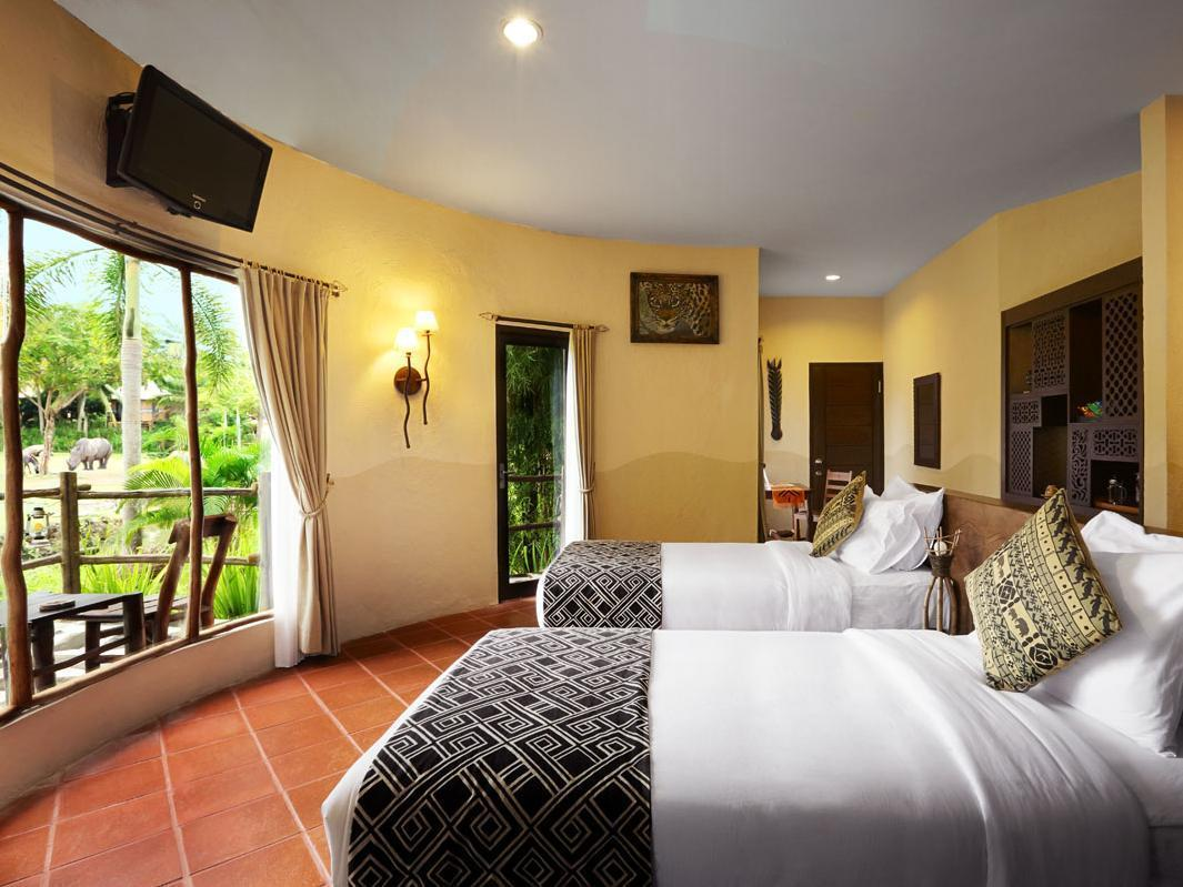 Twiga Deluxe Room + Bali Safari Entrance & Safari Journey