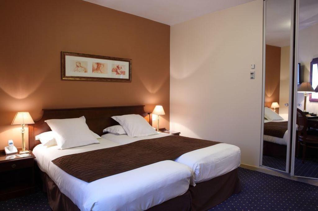 U5df4 U9ece U897f U4f73 U603b U7406 U9152 U5e97  Best Western Premier Amiral Hotel