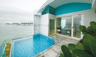Executive Two King Pool Villa