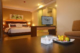 Special Offer - Stay Later Package atior Room