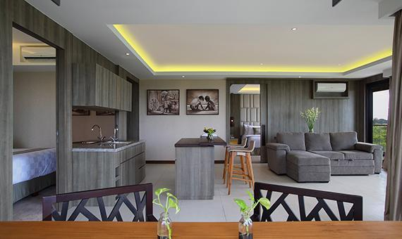 3 Bedroom Crystal Penthouses with Breakfast (3 Bedroom Crystal Penthouses with Breakfast )
