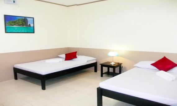 Triple Room with breakfast and round trip airport transfers**