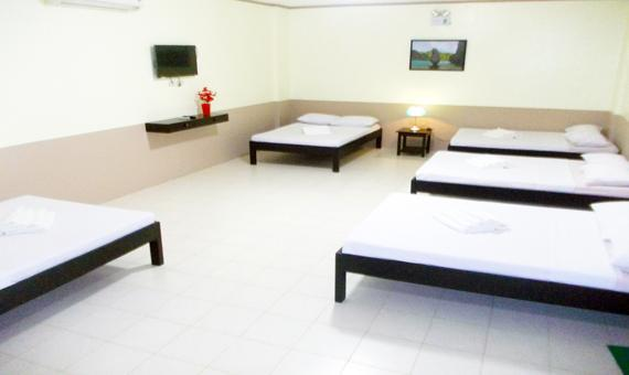 Group Room with breakfast and round trip airport transfers**