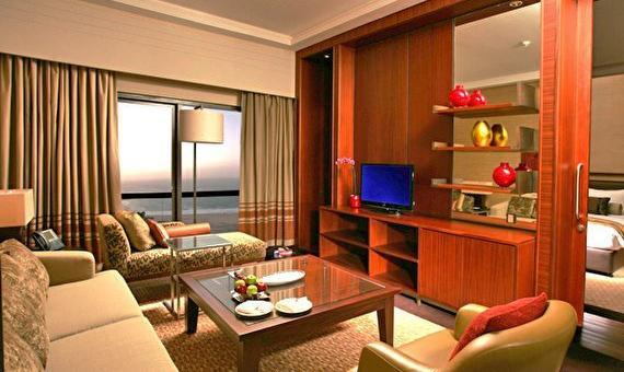 Classic Sea View Suite with Breakfast (Advance Purchase Promo)