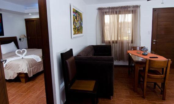 Family Suite with breakfast and WiFi**