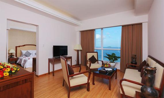Executive Suite with Breakfast - Best Available Rate