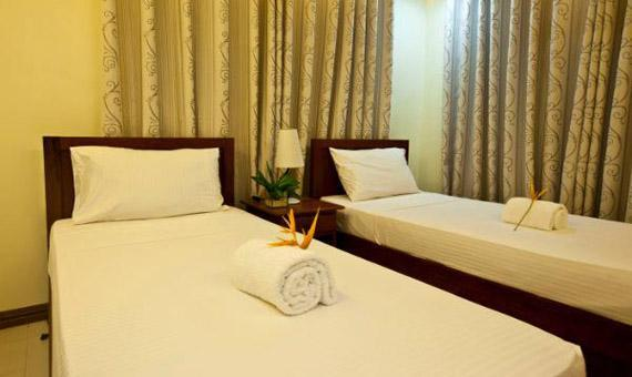 Deluxe with breakfast and round trip airport transfers**