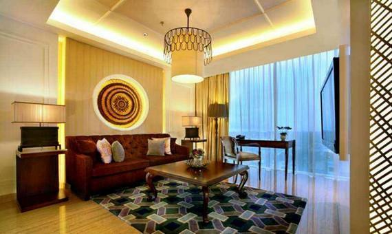Executive Suite with Breakfast - Promo
