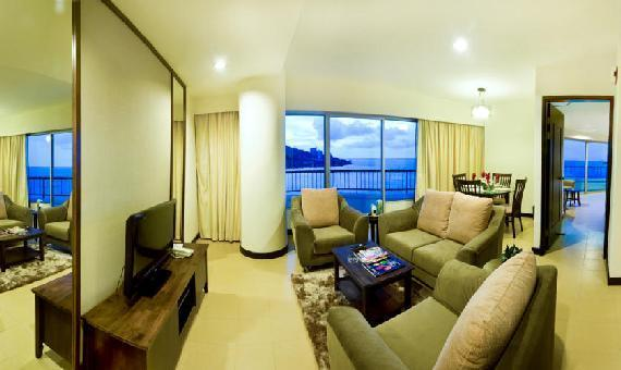 Deluxe Seaview- Min 2 Nights