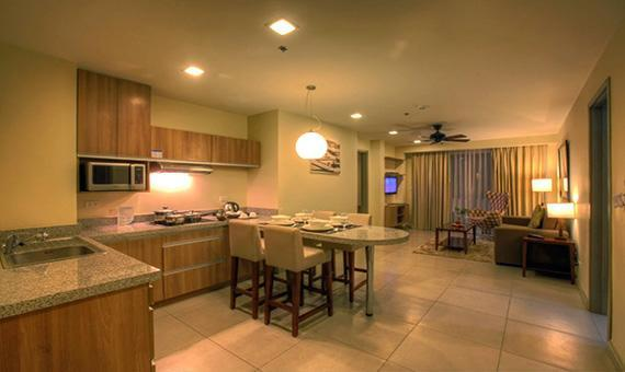 Two Bedroom Apartment Suite with breakfast & Free WiFi(Weekday Promo)
