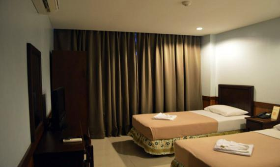 Deluxe Room with Breakfast and WiFi (Special Rate)