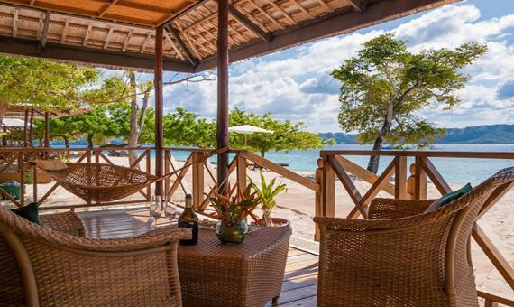 Sunset Villa Deluxe with Breakfast and Roundtrip Transfer