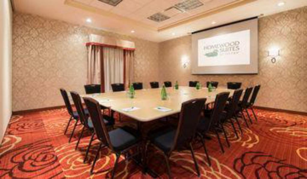 Buffet Homewood Suites by Hilton Winnipeg Airport - Polo Park