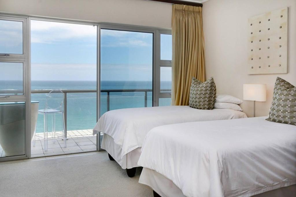 Astonishing Best Price On Dunmore Apartment In Cape Town Reviews Interior Design Ideas Tzicisoteloinfo