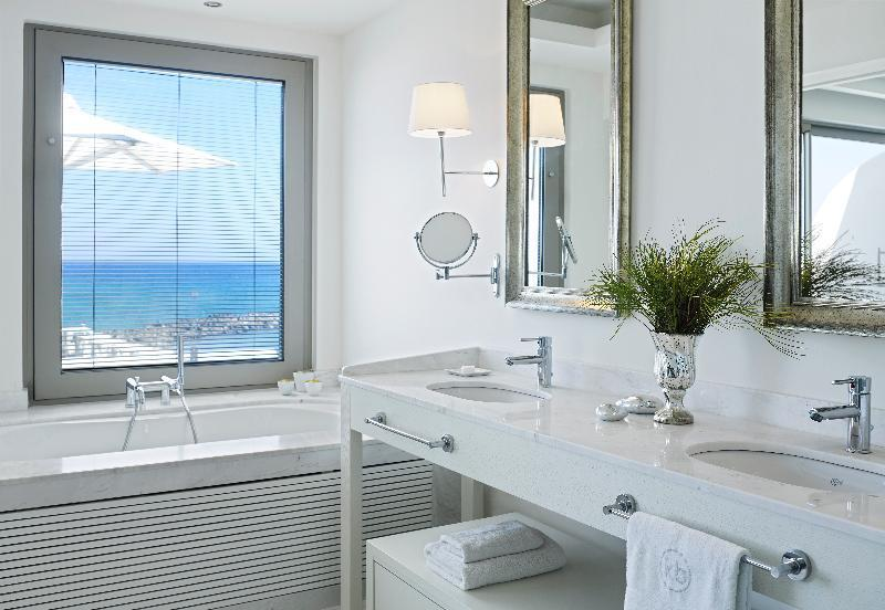 Knossos Beach Bungalows And Suites Hotel in Crete Island