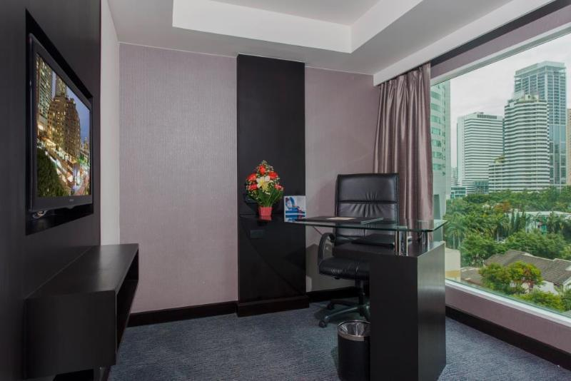 Triple Executive One Bedroom