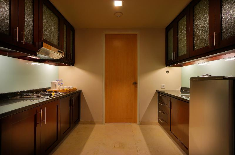 Suite Tiga Kamar (Suite Three Bedrooms)