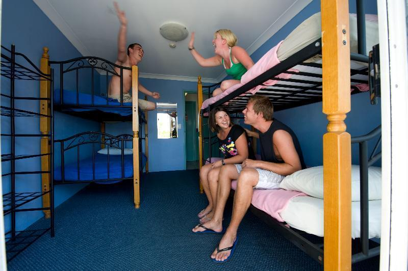 Bed In Dormitory Capacity 4