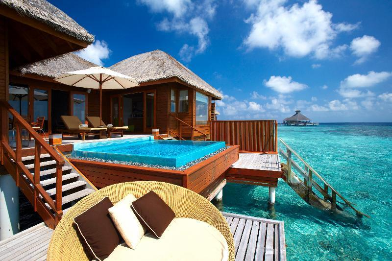 DOUBLE Ocean Bungalow with Pool