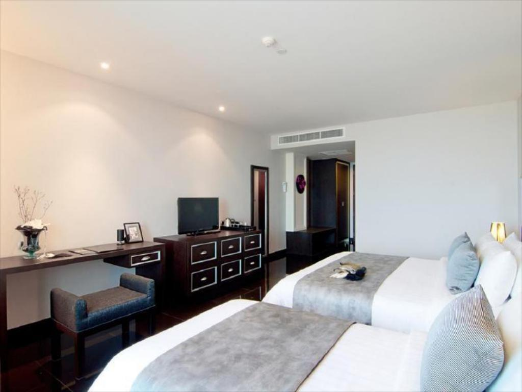 Way Hotel in Pattaya - Room Deals, Photos & Reviews
