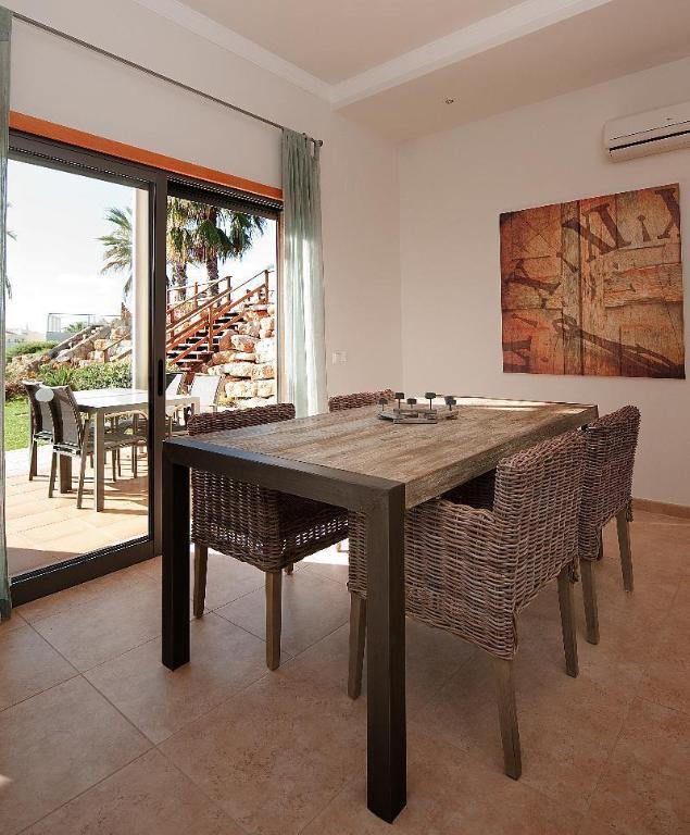 Sunset Village Apartments: Best Price On Sunset Village