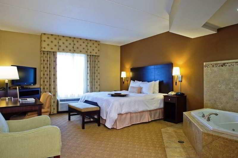 QUADRUPLE TWO DOUBLE BEDS - BED AND BREAKFAST
