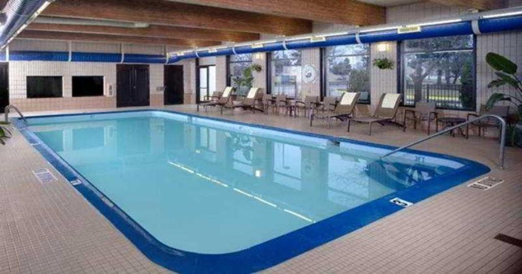 Hotellet indefra DoubleTree by Hilton Hotel Chicago - Schaumburg